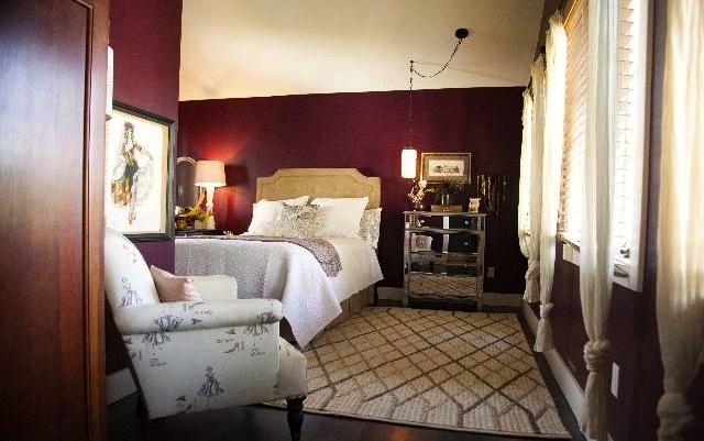 Bedroom in second unit. Courtesy of Diane McDonald – Keller Williams Los Feliz