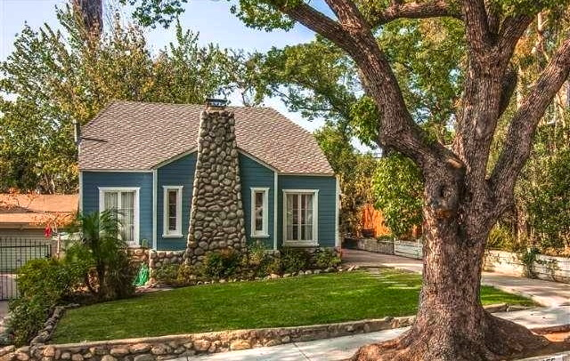 1923 Cottage: 5255 College View Ave., Los Angeles, 90041