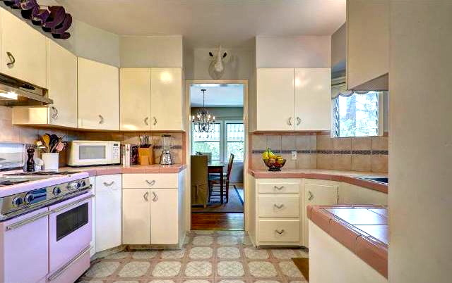 Original built-in kitchen with vintage stove