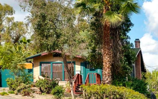 Highland Park: Listed for $549k, sold for $628k