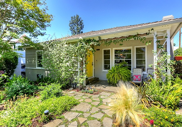 1939 Traditional: 5331 Mount Helena Ave., Los Angeles, 90041