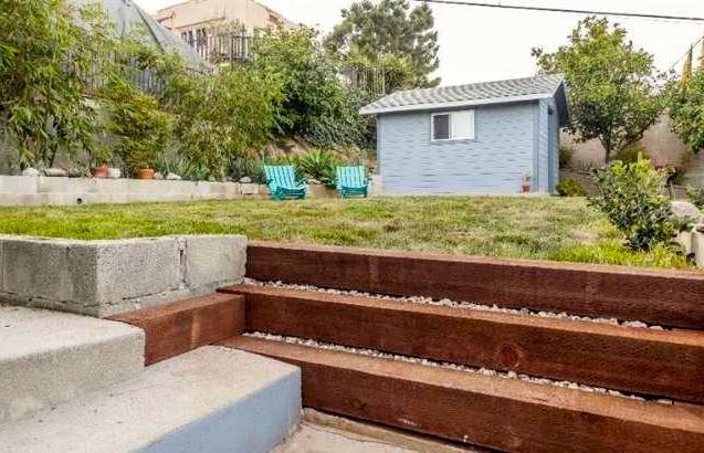 Terraced yard and bonus space