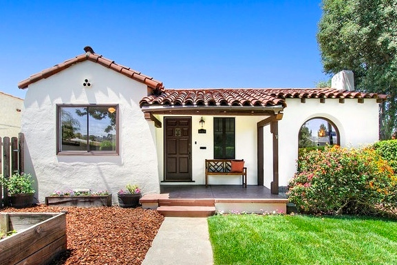 1925 Spanish: 3027 Petite Ct., Los Angeles, CA 90039